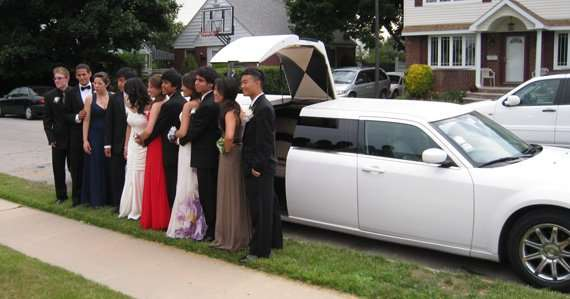 Prom Limo Services Near Me